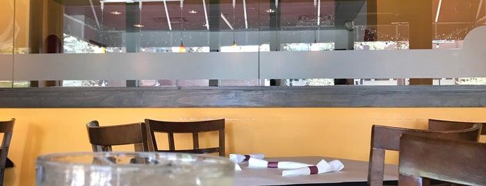 Phuket Thai Restaurant & Sushi is one of Favorite Places.