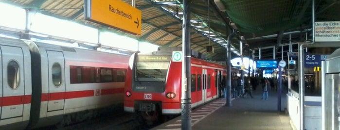 Bonn Hauptbahnhof is one of Ausgewählte Bahnhöfe.