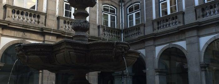 Biblioteca Municipal do Porto is one of Lazer & Passeios (Grande Porto).