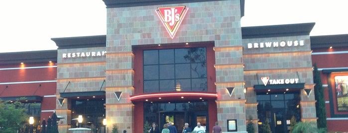 BJ's Restaurant & Brewhouse is one of SD Breweries.