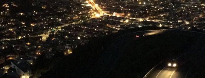 Twin Peaks is one of San Francisco.