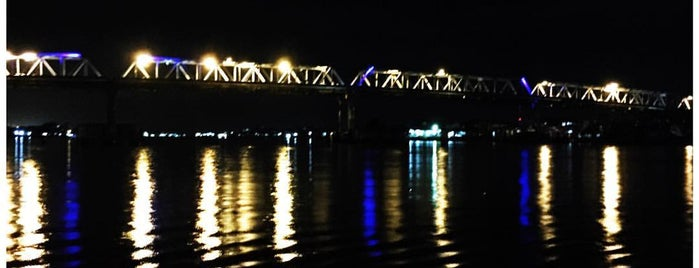 Jembatan Kapuas I is one of Guide to Pontianak's best spots.