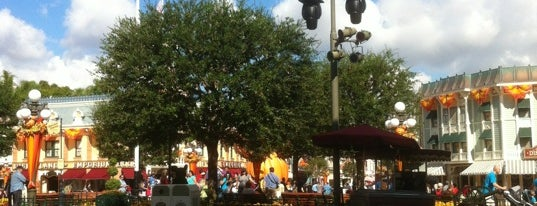 Town Square is one of Disneyland Fun!!!.