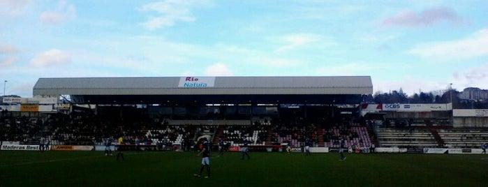 Estadio Anxo Carro is one of Campos de fútbol.