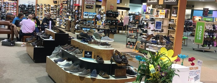 Reyer's Shoe Store is one of PA Retail Polka.