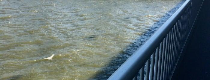 Reichsbrücke is one of Exploring Vienna (Wien).