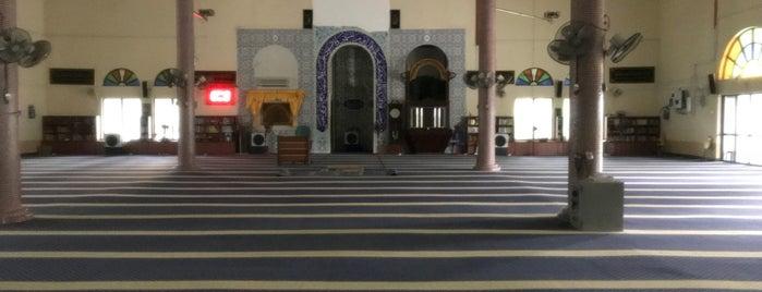 Masjid Al Abrar Bukit Tok Beng is one of masjid.