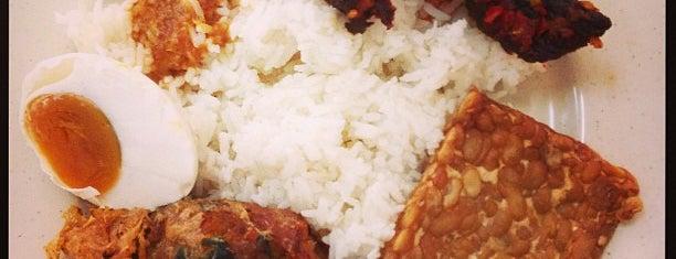 Minang Saiyo is one of Ukay's Food.