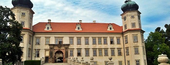 Zámek Mníšek Pod Brdy is one of Weekend.