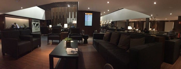 MasterCard Black Lounge is one of Conhecer.