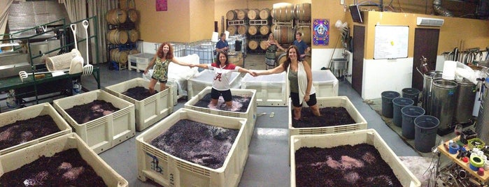 Four Brix Winery and Tasting Room is one of Ventura Wineries.
