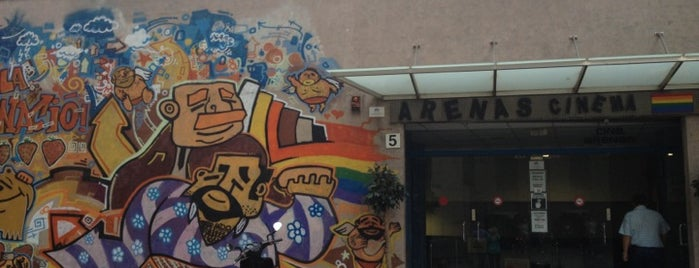 Cine Gay Arenas is one of Barcelona Gayfriendly.
