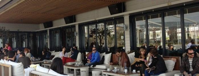 Bungalow White is one of Top 10 favorites places in Θεσσαλονίκη, Ελλάδα.