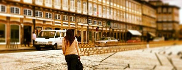 Largo do Toural is one of Braga e Minho.