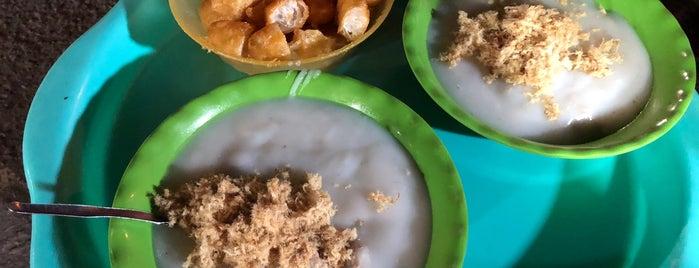 Cháo sườn Chợ Đồng Xuân is one of Ăn vặt Hà Nội.