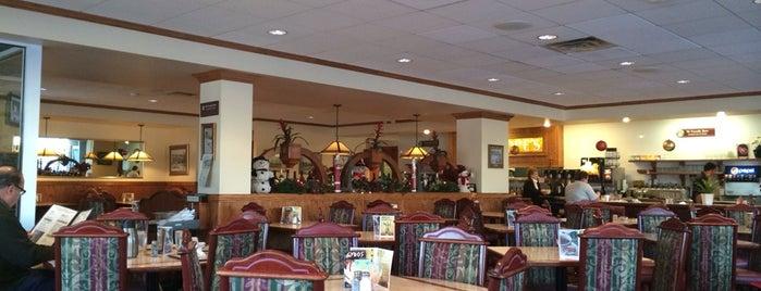 Penelopes Restaurant is one of Elm Grove.