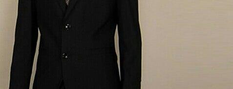 Giorgio Armani is one of Цюрих.