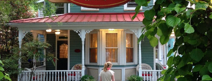 Inn At Horn Point is one of Maryland Green Travel Hotels and Inns.