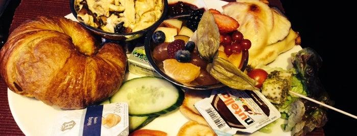 Restaurant Potemkin is one of Berlin Best: Cafes, breakfast, brunch.