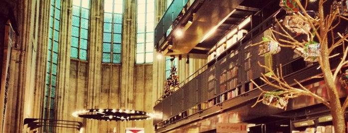 Boekhandel Dominicanen is one of To Shop (Books).