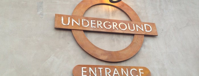 Underground Pub and Grill is one of My favorite Pubs and clubs.