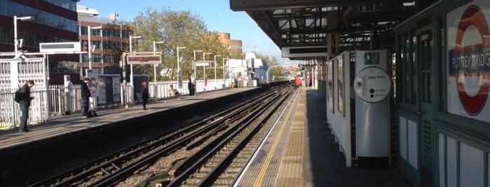 Putney Bridge London Underground Station is one of Tube Challenge.