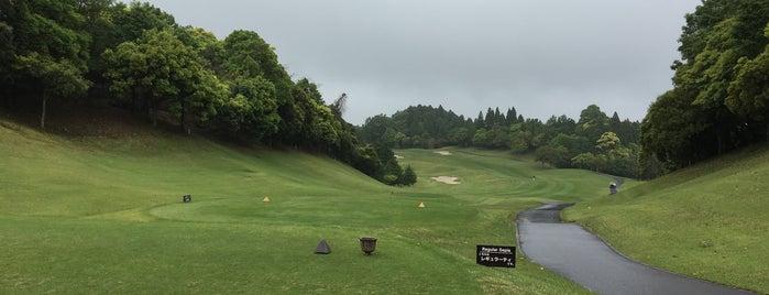 森永高滝CC is one of Top picks for Golf Courses.