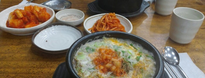 신의주찹쌀순대 is one of Best Rstaurant in Seoul in my Favorite Shop.
