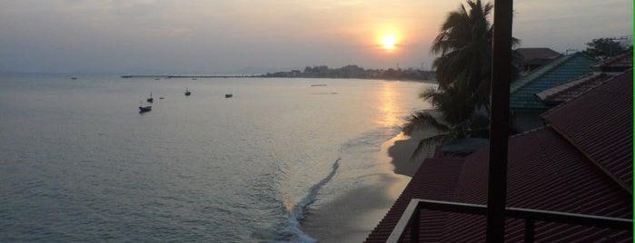 บ้านคุณหมู is one of Resort.