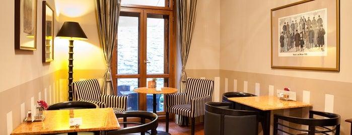 Café Lounge is one of Рестораны, пивоварни, кафе, пабы Праги.