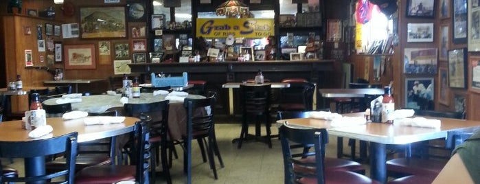 Pizzitola's BBQ is one of Houston Press 2012 - 100 Favorite Dishes.
