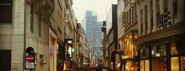 Rue Neuve is one of Extérieur.