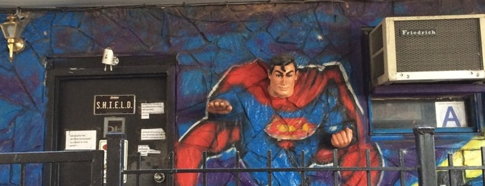 Gotham City Lounge is one of The Geek Guide to NY Comic Con & NY Super Week.