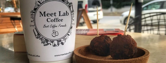 Meet Lab Coffee is one of Places You Can Go With Your Dog in Istanbul.