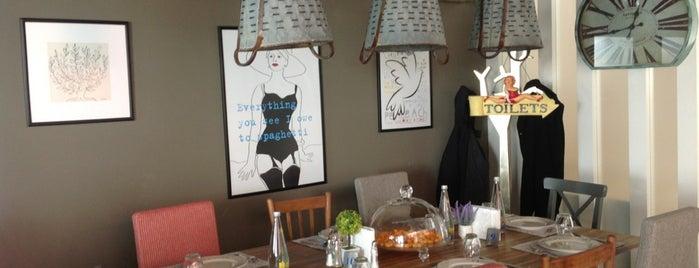 Miamadre Café/Restaurant is one of Antalya mayıs.