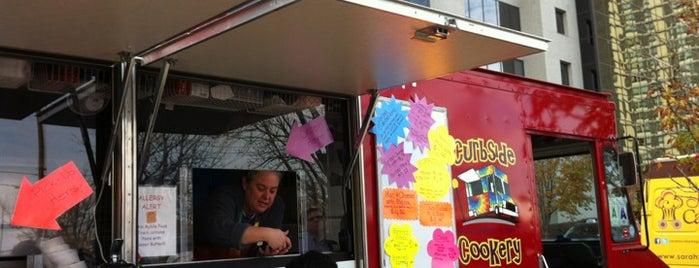 Curbside Cookery is one of Saint Louis Food Trucks.