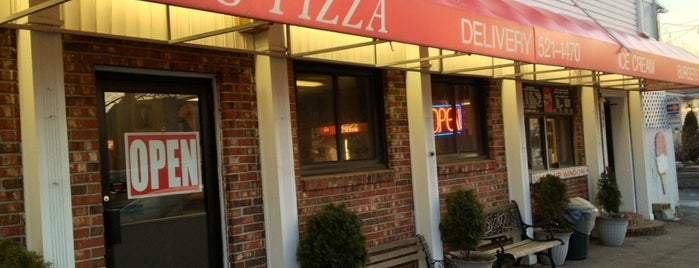Ari's Pizza and Subs is one of Haverhill.