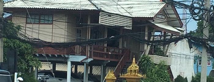 สถานีตำรวจภูธรนิคมสร้างตนเอง is one of Bkk - Lopburi Way.