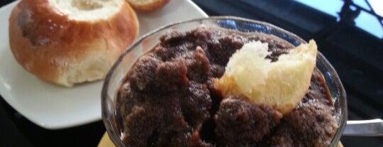 La Cannoleria Siciliana is one of Food To-Do a Roma.