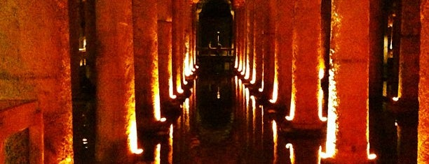 Basilica Cistern is one of istanbul turist stayla.