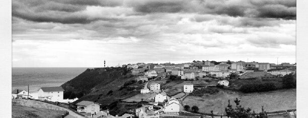 Faro de Ortiguera is one of Faros.