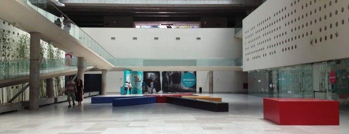 Centro Cultural Palacio La Moneda is one of Santiago.
