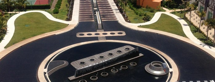 Hard Rock Hotel Cancun is one of Cancún's To Do.