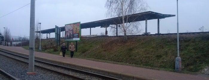 Praha-Modřany zastávka is one of Železniční stanice ČR: P (9/14).