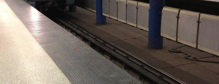 Újpest-Központ (M3) is one of Budapesti metrómegállók.