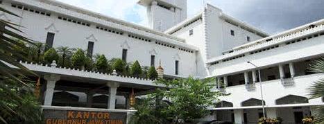 Kantor Gubernur Jawa Timur is one of ETC TIP ~2.