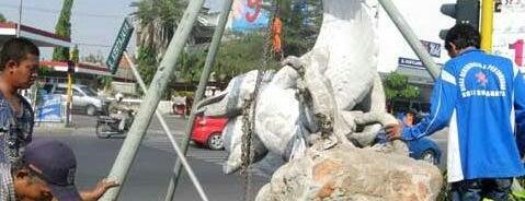 Patung Airlangga is one of Sparkling Surabaya.