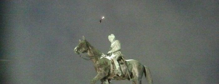 Mannerheimin ratsastajapatsas is one of Patsaat ja muistomerkit.
