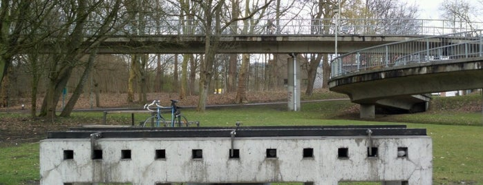 Brilschanspark is one of Antwerpse parken met BBQ.