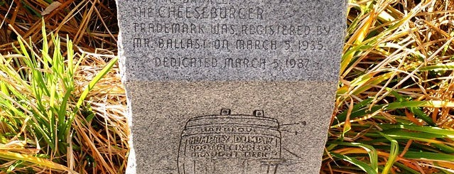 Birthplace Of The Cheeseburger is one of Denver Cheesecation.